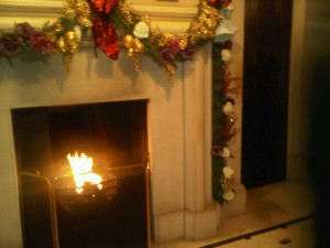 The Lanesborough's luxury hotel fireplace