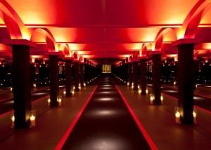 Luxury hotels and travel - Walk the catwalk at Armani Aqua Hong Kong