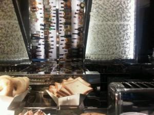 Luxury hotels and travel - MO Bar's breakfast buffet at Landmark Mandarin Oriental Hong Kong