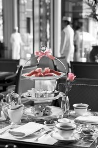 Luxury hotels and travel - Pink Tea at The Peninsula Hong Kong