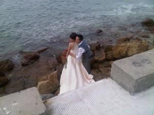 Luxury hotels and travel - Couple posing at Mandarin Oriental Sanya