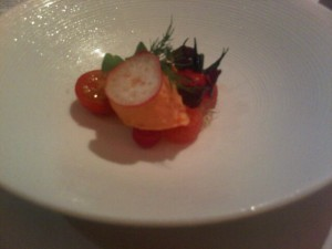Fine dining - Tomato amuse at Iggy's restaurant - Singapore