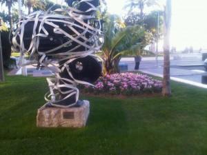 Decoration - any season - on a Croisette sculpture