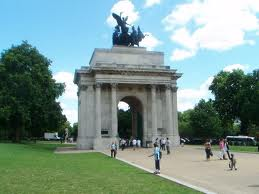 Look out at Wellington Arch