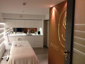 .. a spa suite …