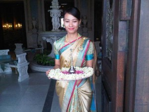 A sari-clad welcome at this opulent luxury hotel in Hyderabad