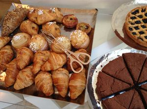.. and oh the pastries (and chocolate cake!)