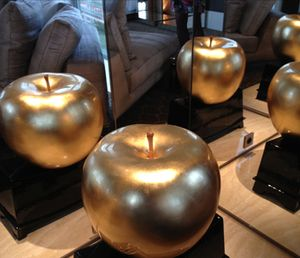 .. and real-gold apples