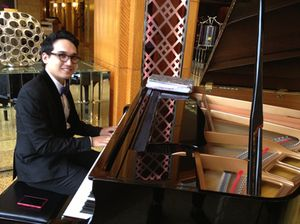 Pianist in the club lounge