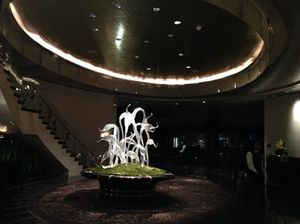 Dale Chihuly sculpture in the hotel lobby