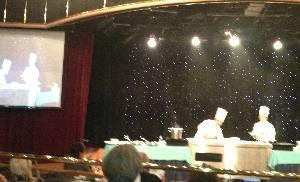 cooking class in the Silver Cloud theatre