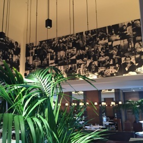 Girandole has a café frieze around its upper walls