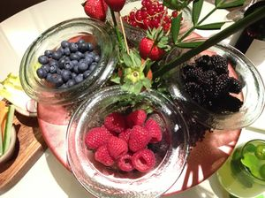 .. and VIP welcome fruit, with strawberry 'trees'