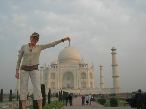 Mary Gostelow poses in front of the Taj Mahal, Agra, India