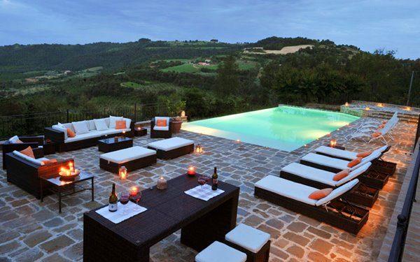 Villa Bellissima infinity pool - Umbria, Italy