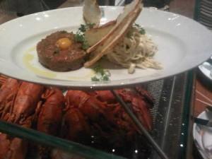 beef tartare at grand hyatt macau's resurant mezza9