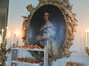 Queen Victoria supervises the  breakfast buffet