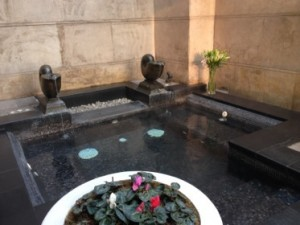 Pool in private courtyard of 931
