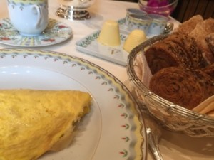 Omelette, Bordier butter - and wholewheat brioche