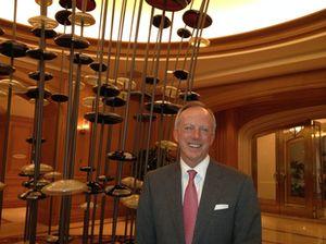 .. at the hotel run by Mark Hellrung