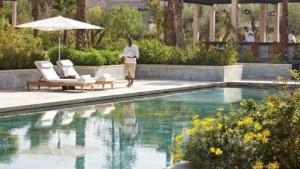 Calm around the pool