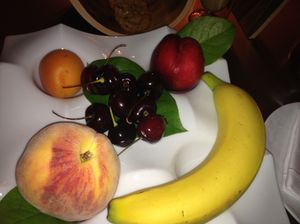 Stylish simplicity of welcome fruit