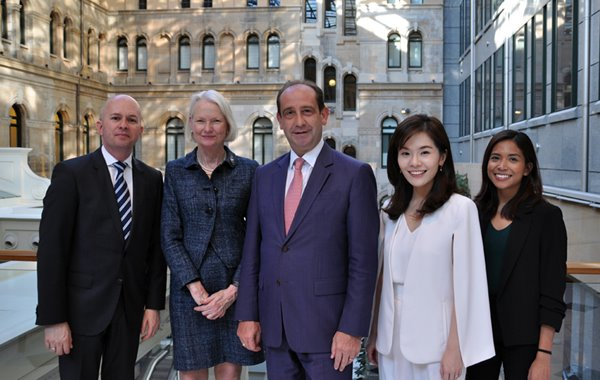 the fullerton hotel sidney team