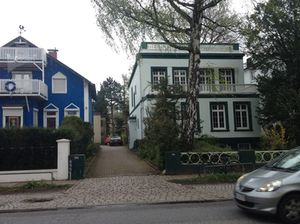 Fascinating houses along Elbchaussee