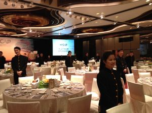 Servers ready lunch, InterContinental Hongkong