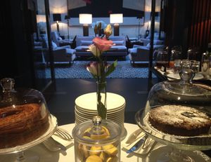 Another breakfast buffet, in front of the main salon