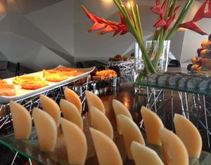 Perfectly aligned buffet in the lounge