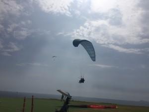 Hang-gliders on Costa Verde