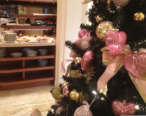 Even the Club Lounge tree is pink…