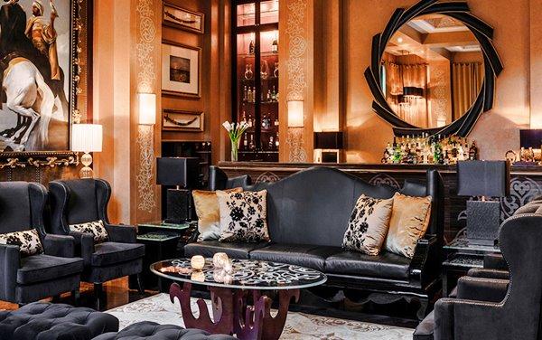 Bar at Celebriries restaurant - One & Only Royal Mirage, Dubai