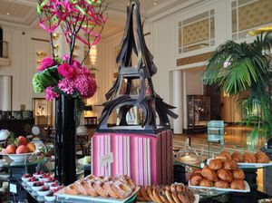 A version of the Eiffel Tower on the breakfast buffet