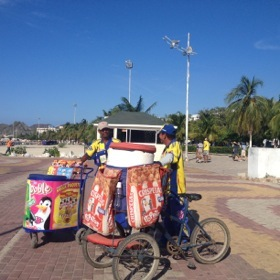 Beach vendors at Santa Marta